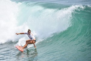 SGP18Fri_@petesantosphoto_MeahCollins_SURF_31.jpg