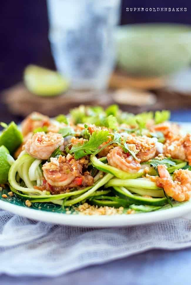 Paleo Pad Thai - An absolutely delicious 'skinny' take on Pad Thai with spiralized courgette (zucchini) noodles. Quick, easy and delicious..