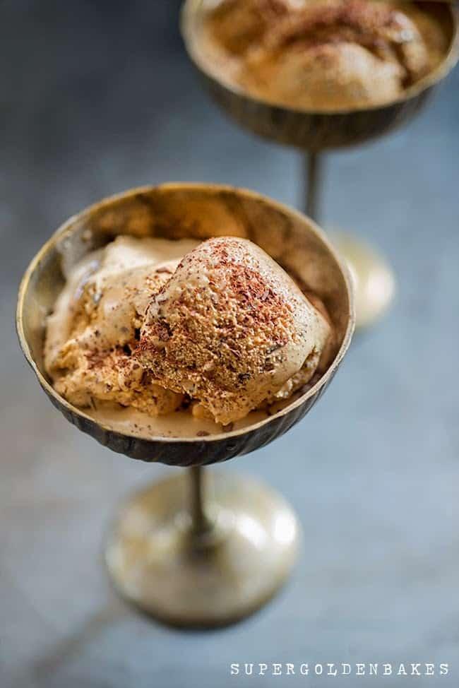 Supergolden Bakes: Salted caramel ice cream