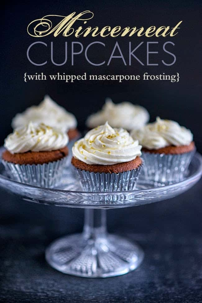 Christmas cupcakes with mascarpone frosting