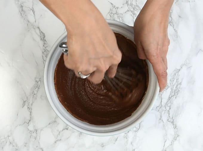 Vegan chocolate cake step by step