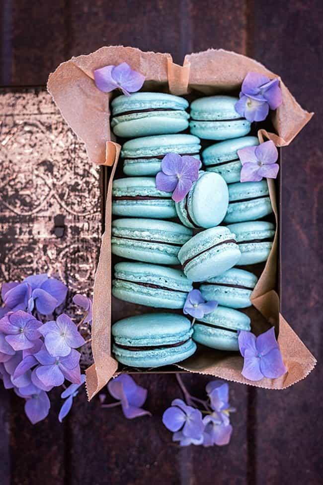 Vegan Aquafaba Macarons