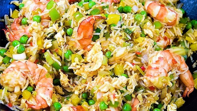 This 10-minute shrimp fried rice could not be easier and it tastes miles better than takeaway. An quick meal that's sure to become a family favourite | Supergolden Bakes