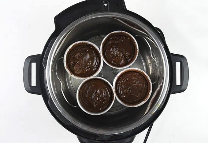 Making lava cakes in an Instant Pot