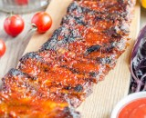 grilled pork ribs in barbecue sauce PWLZ9ZB copie - Lard précuit