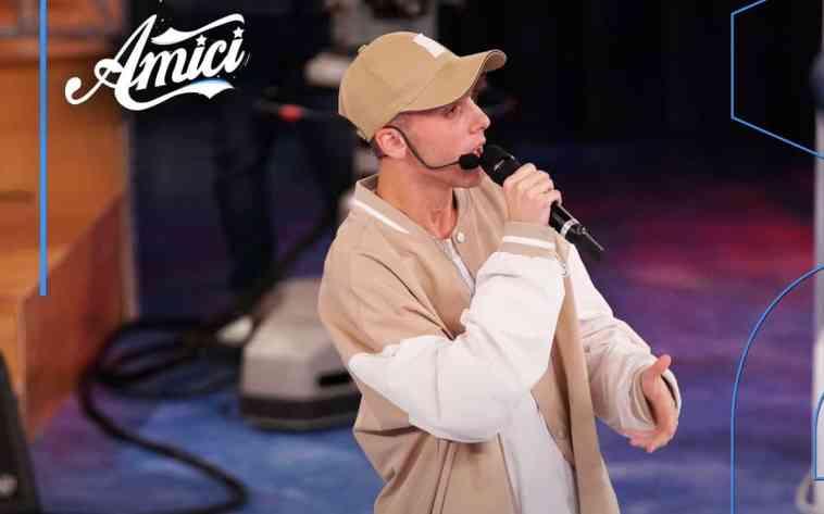 Amici 21, LDA nuovo allievo: l'esibizione del figlio di Gigi D'Alessio   Video Witty Tv