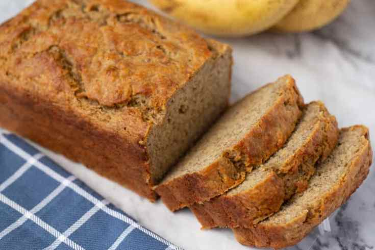 banana bread made without refined sugar or flour