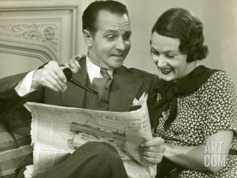 george-marks-husband-and-wife-reading-newspaper_i-G-56-5639-MKIMG00Z