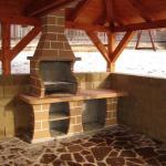 Zahradní krb Klínovec se stolkem
