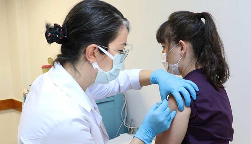 Alo 182 çöktü! Aile hekimleri: Randevu var, aşı yok