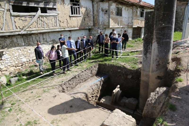 aizanoi antik kentindeki kazi calismalari hizlandirildi 0 - Aizanoi Antik Kenti'ndeki kazı çalışmaları hızlandırıldı