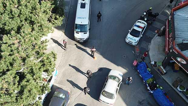 Maltepe'de tam kapanmada denetimler görüntülendi
