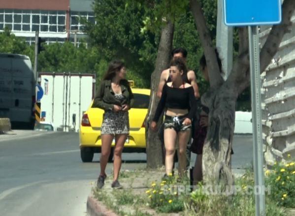 yasaga ragmen caddede fuhus pazarligi 3 14102224 osd - Hayat kadınlarına görev belgesi mi verildi? Antalya'da tam kapanmada fuhuş pazarlığı…