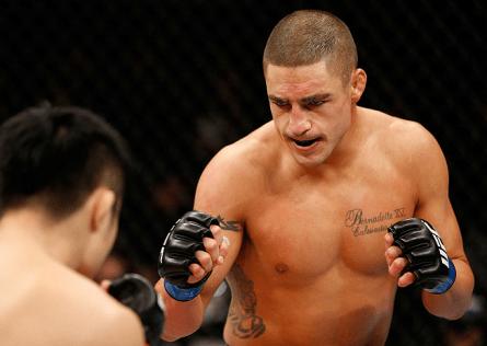 Aos 31 anos, Diego Sanchez (foto) está no UFC desde 2005. Foto: Josh Hedges/UFC
