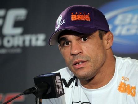 V. Belfort (foto) mais uma vez trocou farpas publicamente com Sonnen. Foto: Josh Hedges/UFC