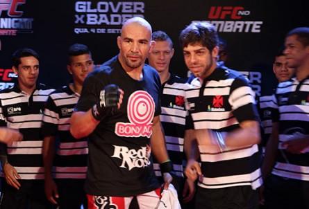 Glover-e-Juninho