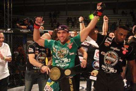 Rodrigo Monstro campeão