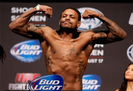 M. Johnson (foto) se lesionou e não lutará no UFC on FOX 12. Foto: Josh Hedges/UFC