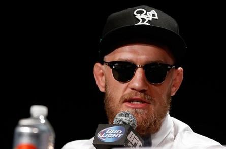 C. McGregor (foto) abandonou temporariamente o estilo polêmico para comentar a polêmica entre Aldo e Mendes. Foto: Josh Hedges/UFC