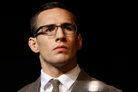 R. MacDonald (foto) é o atual segundo colocado no ranking dos meio-médios. Foto: Josh Hedges/UFC