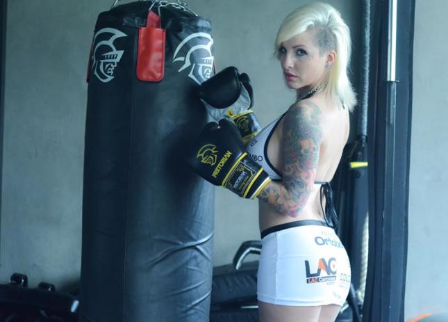 Clara Aguiar será ring girl do Jungle Fight 75. Foto: Jungle Fight/Caio Duran