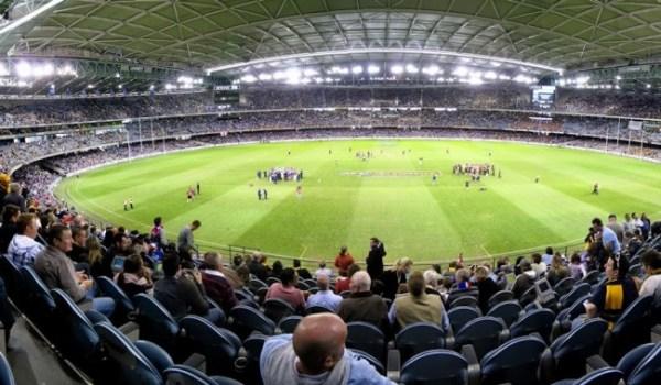 Etihad Stadium, em Melbourne, foi inaugurado em 2000. Foto: Divulgação
