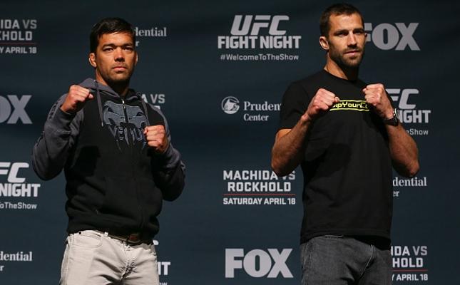 Lyoto (esq.) e Rockhold (dir.) ocupam, respectivamente, o segundo e o quarto lugar na categoria peso médio. Foto: Ed Mulholland/UFC