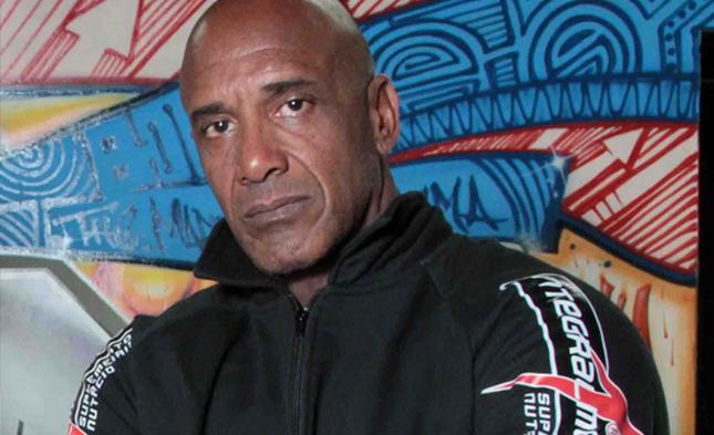 R. Camões (foto) é um dos líderes da X-Gym e preparador físico de A. Silva. Foto: Divulgação