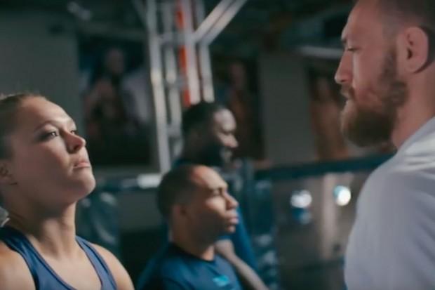Ronda e McGregor fazem comercial de cerveja. Foto: Reprodução