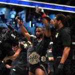 T. Woodley (foto) machucou ombro (Foto: Reprodução Facebook UFC)