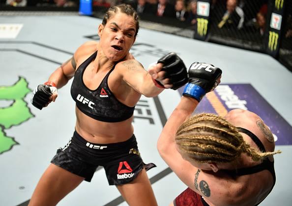 A. Nunes não vai dar revanche a Valentina (Foto: Reprodução Facebook UFC)