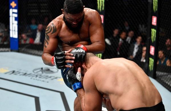 Cigano é nocauteado por Curtis Blaydes na luta principal do UFC Raleigh