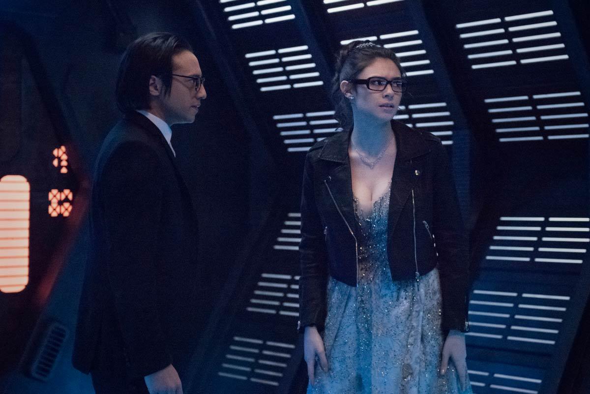 Supergirl-S06E06-PromAgain03