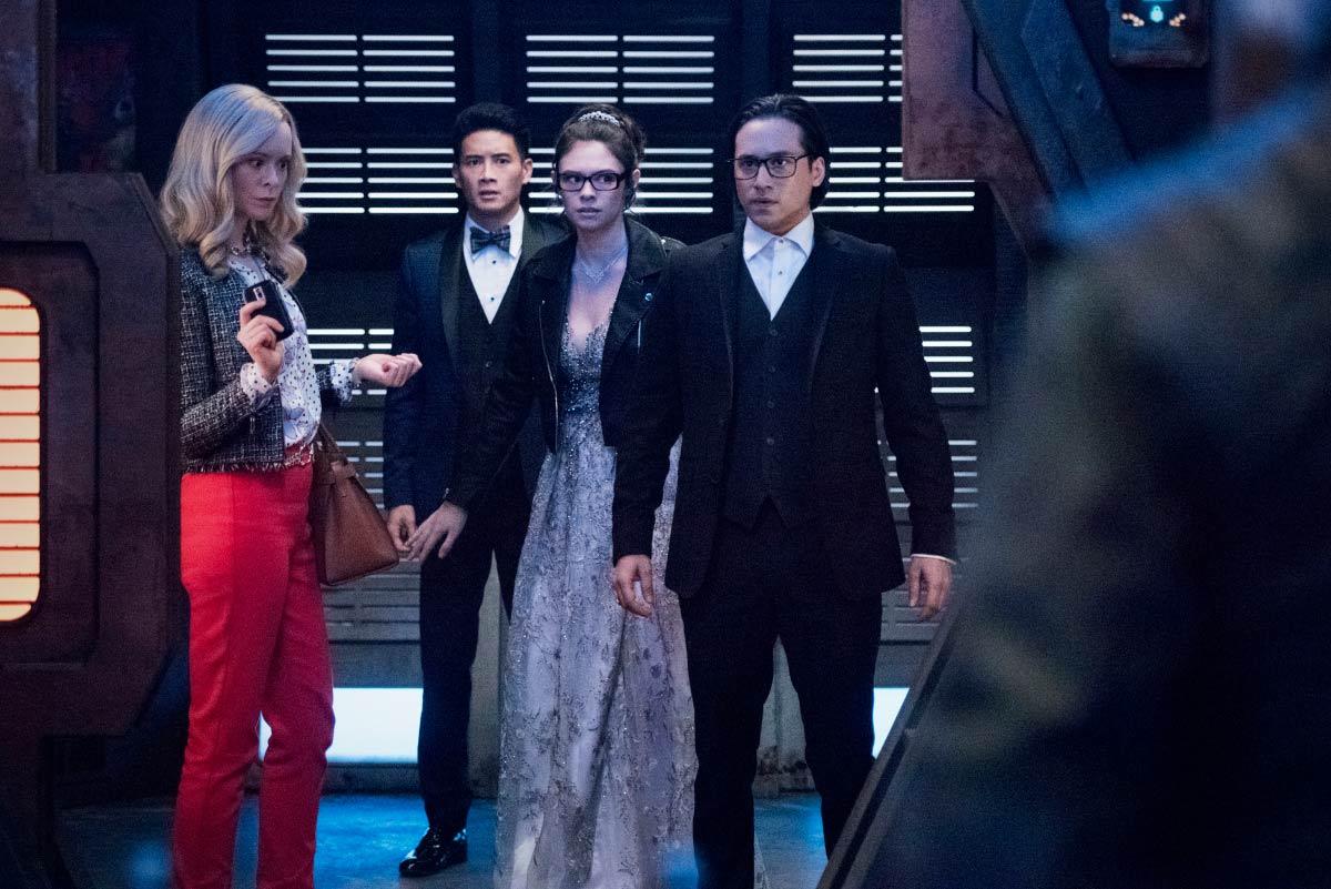 Supergirl-S06E06-PromAgain08