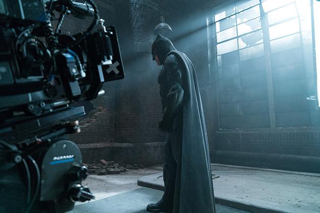 Justice_League_Brooding_Batman