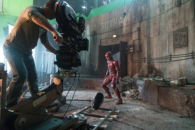 Justice_League_Flash_BTS