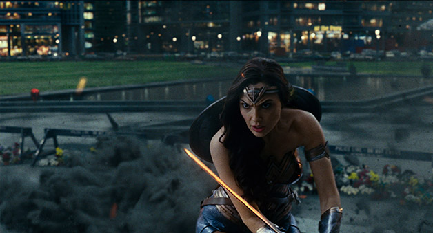 Justice_League_Wonder_Woman_Action_Three