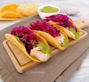 ricetta tacos di pollo con piselli e senape