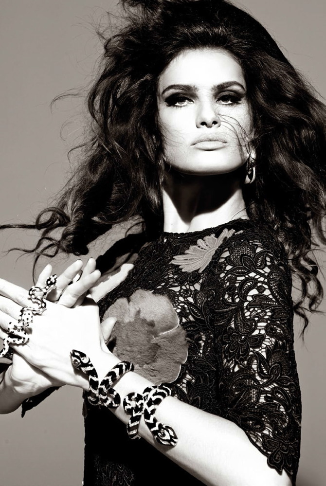 Isabeli Fontana by Steven Meisel for Vogue August 2014