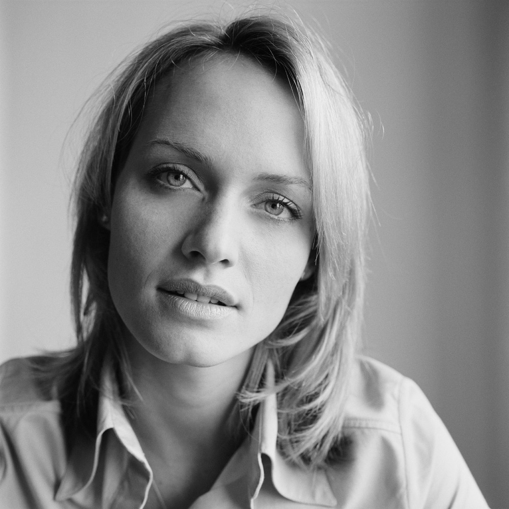 Amber Valletta – Adrian Cook Photoshoot, 2007 [x 8]