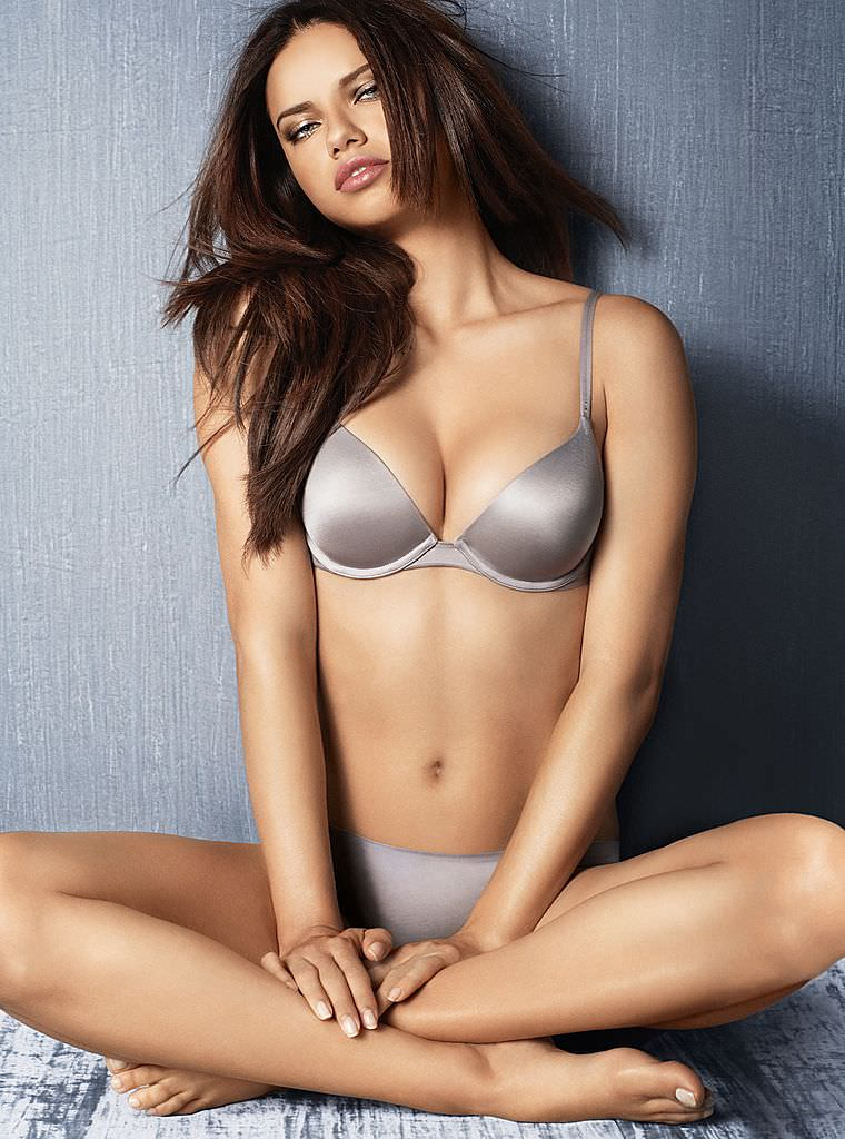 Victoria's Secret Online Catalog – Adriana Lima Vol. 4 [x 200]