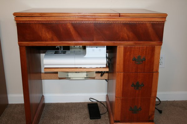 Front view of the sewing cabinet.