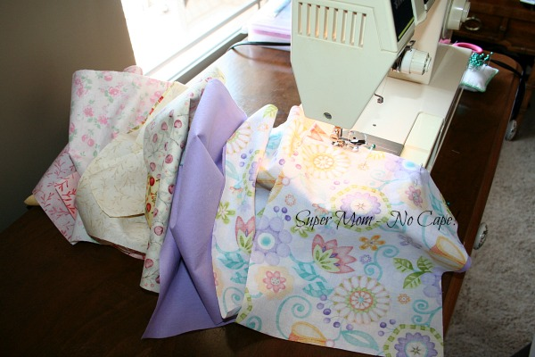 Photo of ten bags being chain pieced.