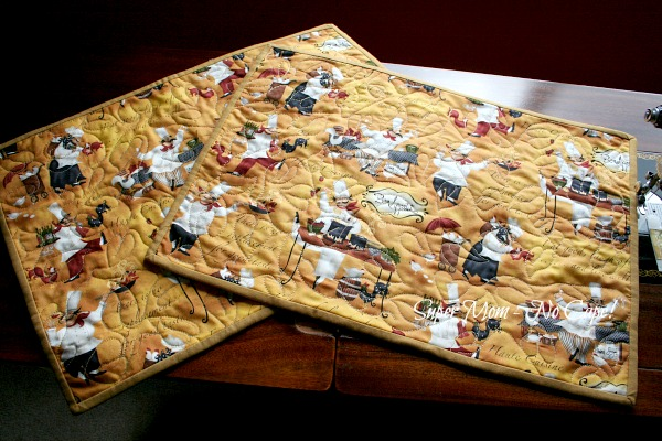2 chef placemats