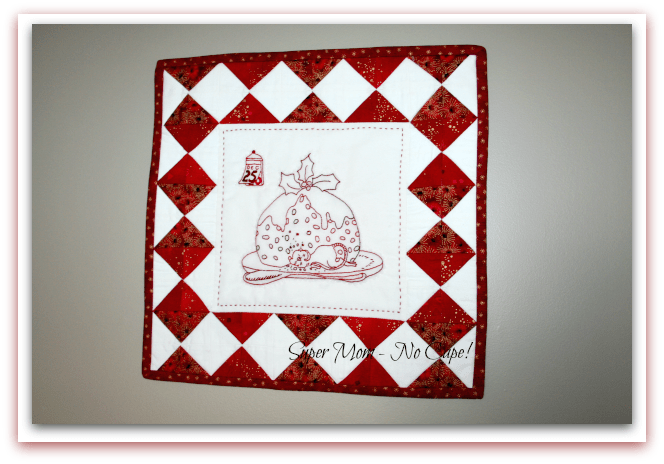 Christmas Mouse Wall Hanging finished