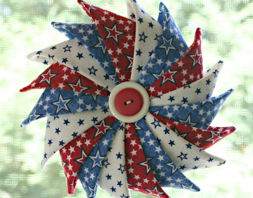 Red White and Blue Stars Patriotic Prairie Point Star Ornament