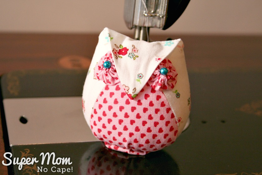 Last Minute Valentine's Gifts to Make - Valentine's version of Archimedes Owl Pincushion