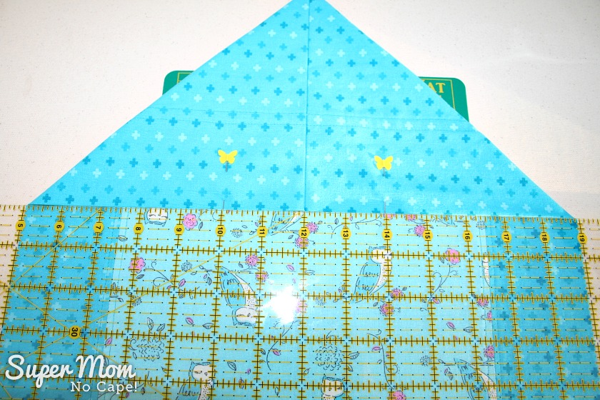 One Hour Table Runner - center the seam of the point on the center of the table runner