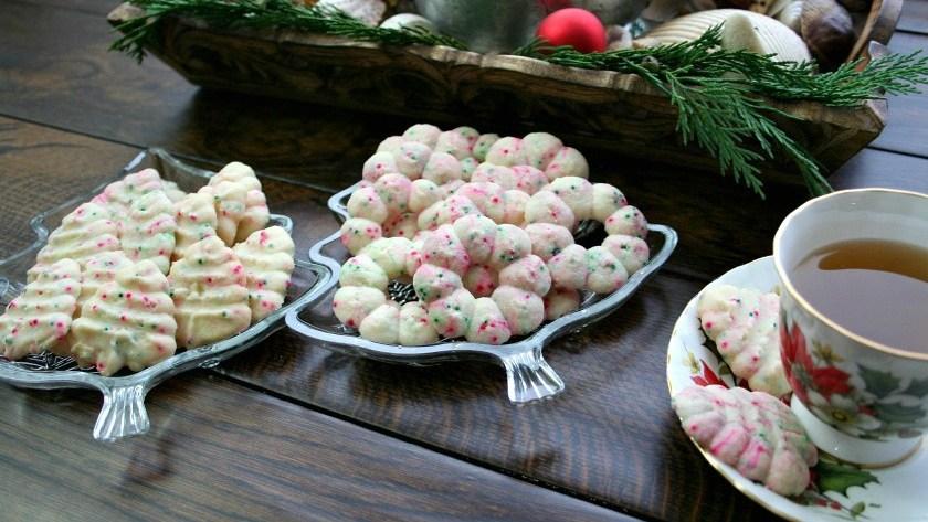 Christmas Lights Shortbread Cookies