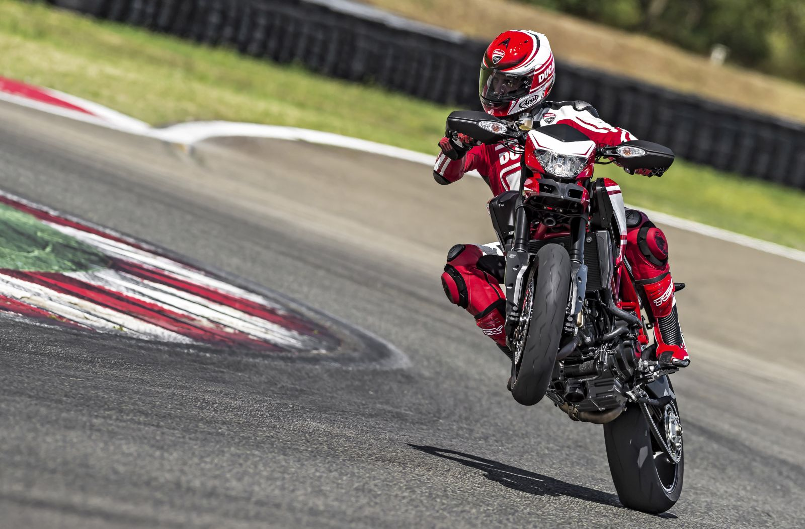 The Comprehensive Guide To Motorcycle Wheelies Chance Moto